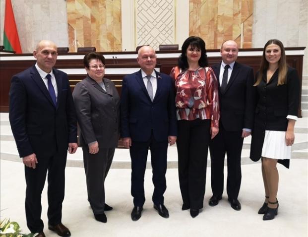 Комиссия по экономической политике в Овальном зале